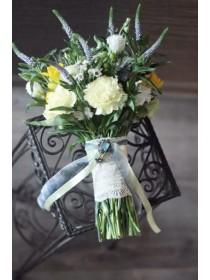 Букет невесты с вероникой